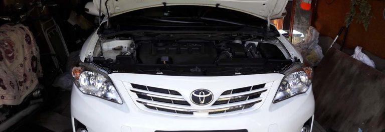 Как менять масло в автомобиле Тойота Королла