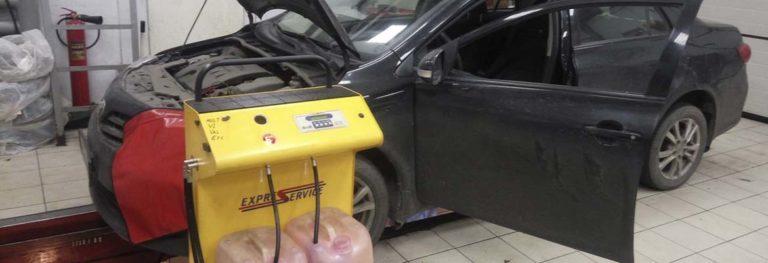 Какое масло в коробке Тойота Королла и как заменить его