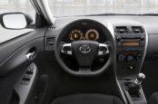 Почему Тойота отзывает свои автомобили?