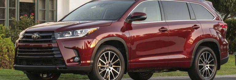 Тойота Хайлендер против Мазда СХ 9: какое авто полюбилось соотечественникам больше