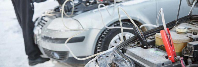 Как определить, какой датчик влияет на запуск автомобильного двигателя зимой?