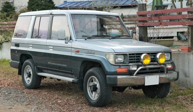 Toyota Land Cruiser 1 поколения