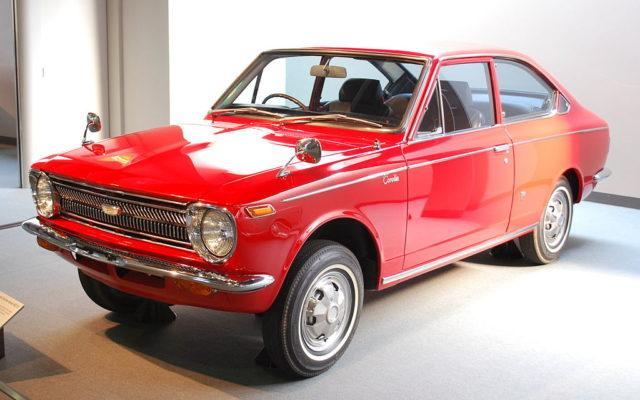 Toyota Corolla 1 поколение