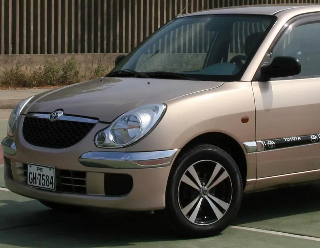 Поколения Тойота Дуэт и его технические характеристики