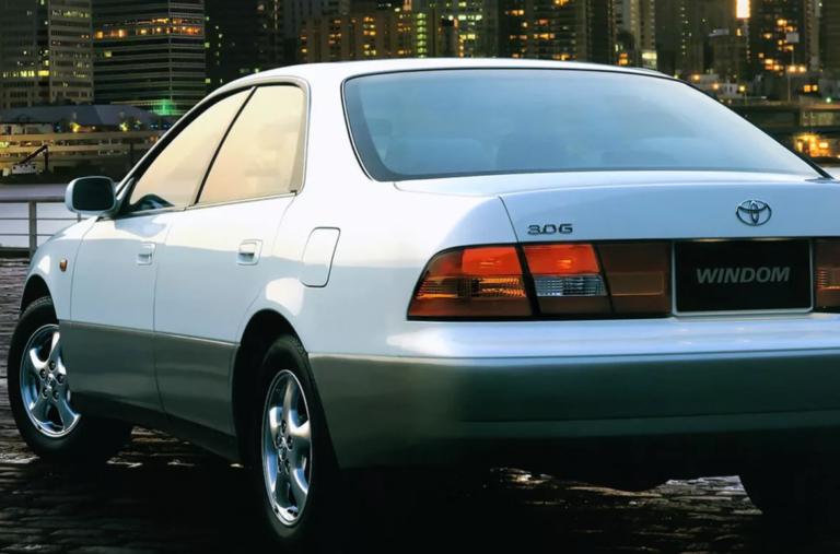 Как выглядит Toyota Windom и ее основные характеристики