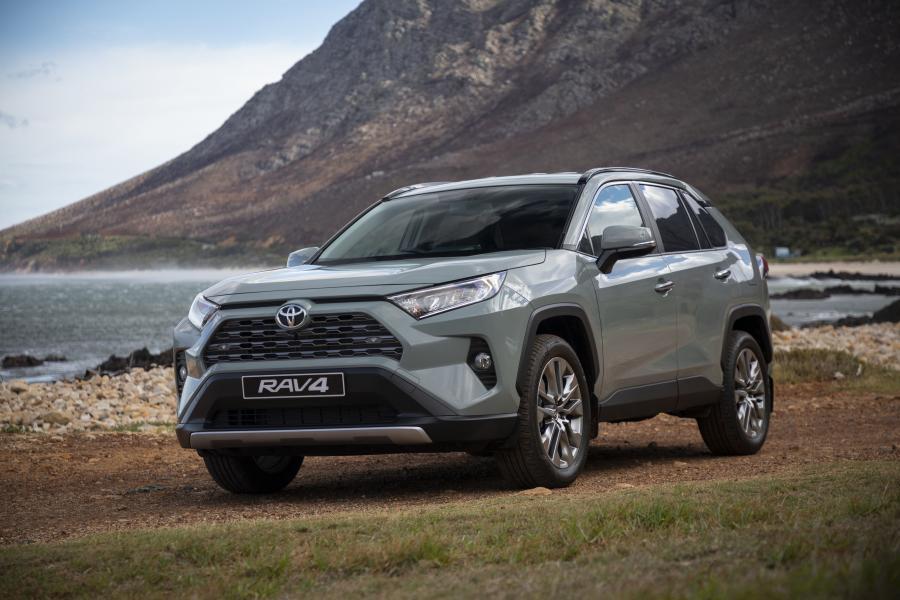 Toyota RAV4 2020 года