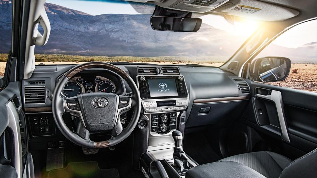 Обзор Toyota Land Cruiser 2018 года