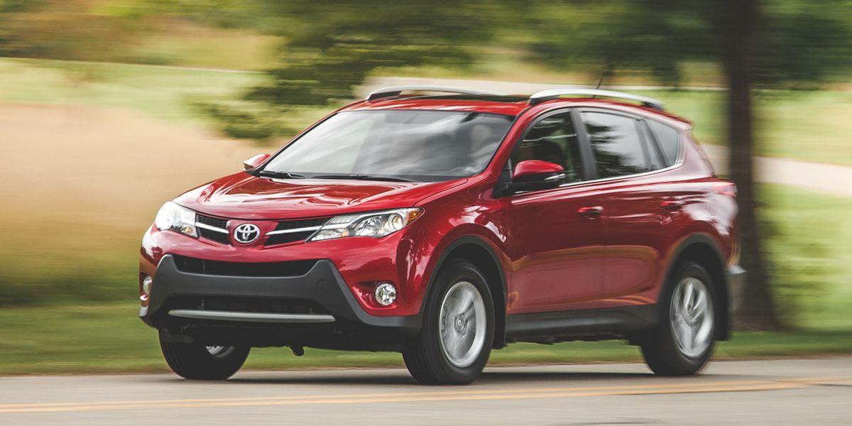 Сравнение автомобилей Toyota РАВ 4 и Куга